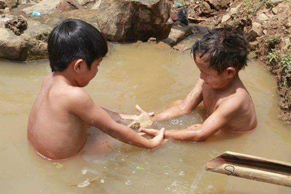 bệnh thường gặp ở trẻ nhỏ do nguồn nước ô nhiễm gây nên